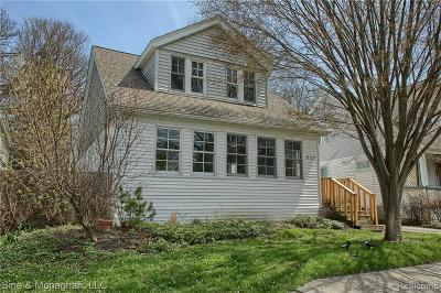 Grosse Pointe Single Family Home For Sale: 532 Notre Dame Street