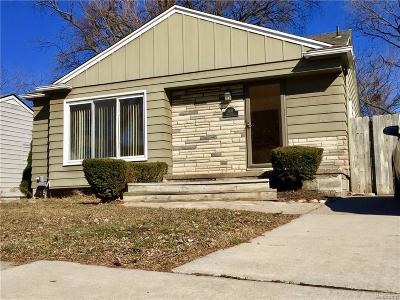 Royal Oak Single Family Home For Sale: 1802 Brookwood Avenue