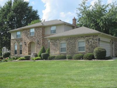 Oakland Twp Single Family Home For Sale: 5118 Aintree Road