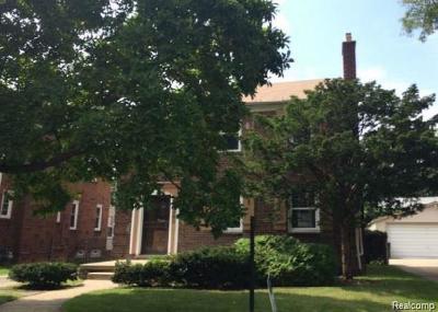 Detroit Single Family Home For Sale: 15883 Vaughan St