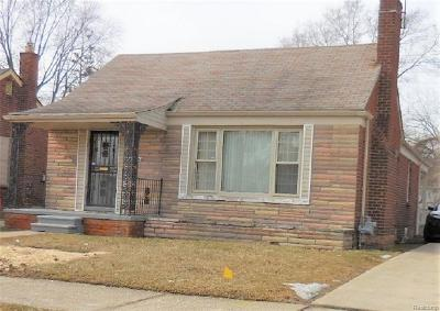 Detroit Single Family Home For Sale: 20133 Strathmoor Street