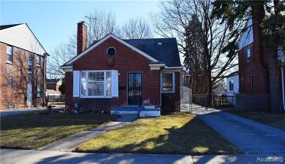 Detroit Single Family Home For Sale: 19712 Stansbury Street