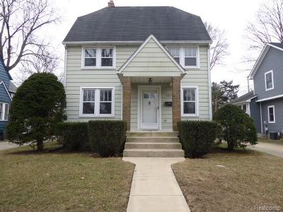 Rochester MI Single Family Home For Sale: $260,000