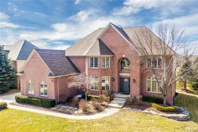 Oakland Twp Single Family Home For Sale: 2654 Invitational Drive