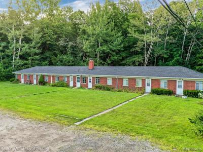 Canton, Canton Twp Multi Family Home For Sale: 3650 S Morton Taylor Road
