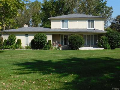 West Bloomfield Single Family Home For Sale: 3182 Rutledge Park Court