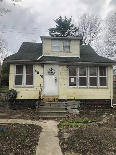 Detroit Single Family Home For Sale: 4835 University Pl