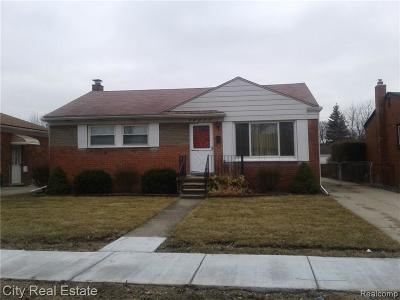 Eastpointe Single Family Home For Sale: 24565 Johnston Avenue