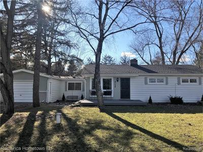 Single Family Home For Sale: 6150 Pinckney Road