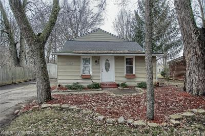 Commerce, Commerce Township, Commerce Twp Single Family Home For Sale: 8426 Arlis Street