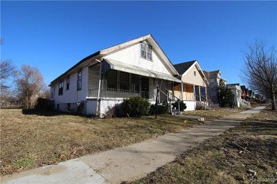 Detroit Single Family Home For Sale: 15640 Inverness Street