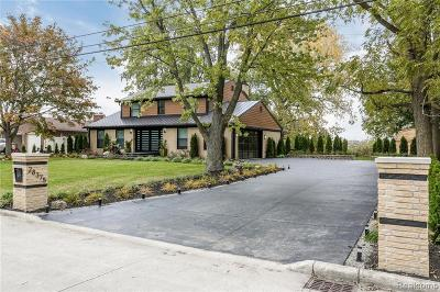 Grosse Ile Twp Single Family Home For Sale: 28375 Chatham Road