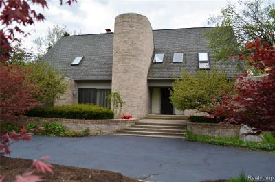 Bloomfield Twp Single Family Home For Sale: 347 Sycamore Court