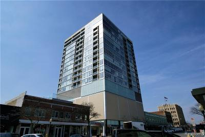 Royal Oak Condo/Townhouse For Sale: 432 S Washington Avenue