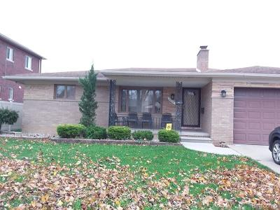 Dearborn Heights Single Family Home For Sale: 6860 N Evangeline Street