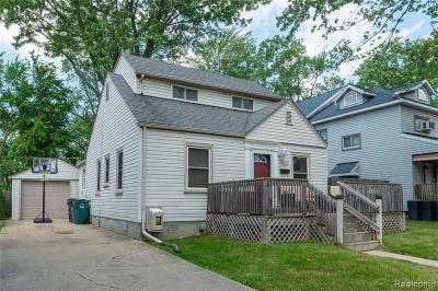 Berkley Single Family Home For Sale: 3577 Ellwood Avenue