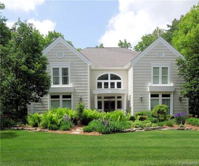 West Bloomfield, West Bloomfield Twp Single Family Home For Sale: 6980 Lakemont Circle