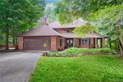 Addison Twp Single Family Home For Sale: 632 Pine Crest Court