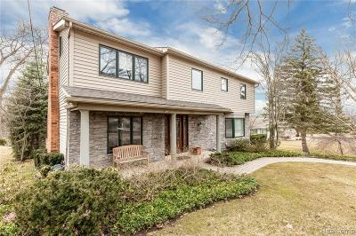 West Bloomfield Twp Single Family Home For Sale: 2600 Leroy Lane