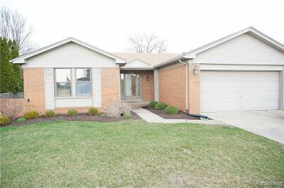 Sterling Heights Single Family Home For Sale: 13921 Deepwood Court