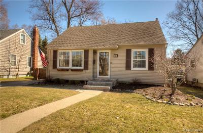 Plymouth Single Family Home For Sale: 678 Adams Street