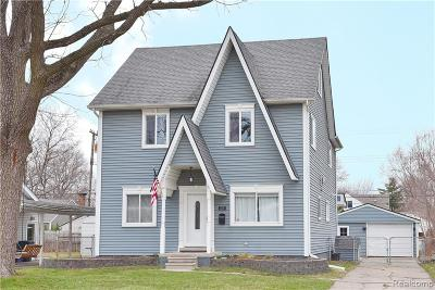Berkley Single Family Home For Sale: 2230 Princeton Road