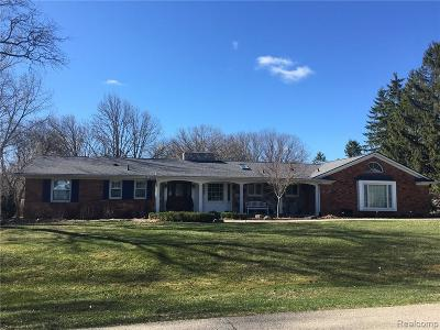 Bloomfield Twp Single Family Home For Sale: 1727 Timson Lane