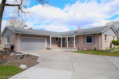 Beverly Hills Vlg Single Family Home For Sale: 31356 Churchill Drive