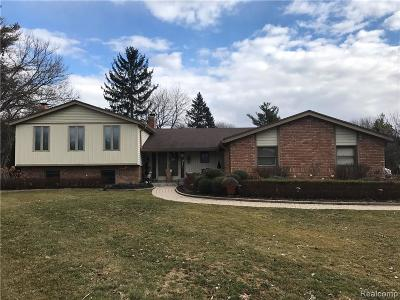 Bloomfield Twp Single Family Home For Sale: 4605 Ranch Lane