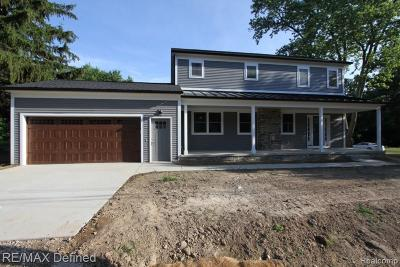 Rochester Hills Single Family Home For Sale: 3123 Eastwood Drive