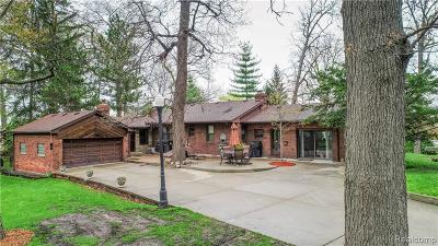 Allen Park, Lincoln Park, Southgate, Wyandotte, Taylor, Riverview, Brownstown Twp, Trenton, Woodhaven, Rockwood, Flat Rock, Grosse Ile Twp, Dearborn, Gibraltar Single Family Home For Sale: 12406 Telegraph Road