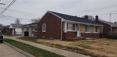 Clinton Twp, Harrison Twp, Roseville, St. Clair Shores Single Family Home For Sale: 28260 Hollywood Street