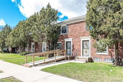 Detroit Multi Family Home For Sale: 16085 E 7 Mile Road