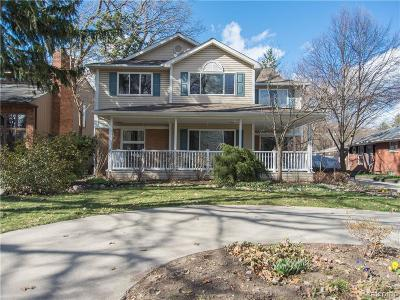 Royal Oak Single Family Home For Sale: 830 Mount Vernon Boulevard