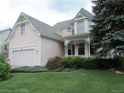 Oxford, Oxford Twp, Oxford Vlg Single Family Home For Sale: 314 Oxford Lake Drive