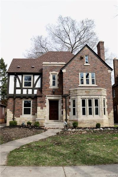 Detroit Single Family Home For Sale: 18654 Muirland Street