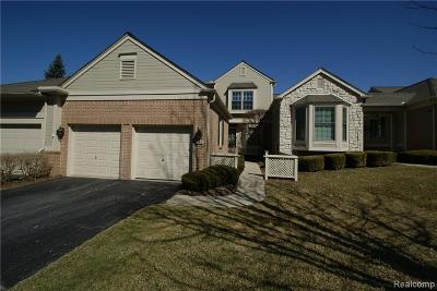 Bloomfield Twp Condo/Townhouse For Sale: 555 Newburne Pointe