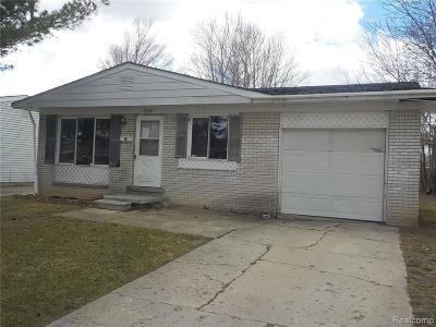 Genesee County Single Family Home For Sale: 3609 Sherry Drive