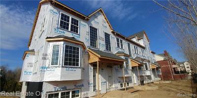 Milford Vlg MI Condo/Townhouse For Sale: $367,303