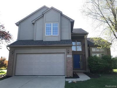 Ann Arbor Single Family Home For Sale: 2445 Cliffside Court