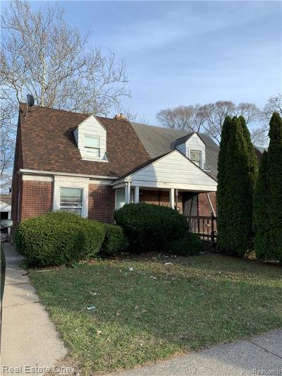 Detroit Single Family Home For Sale: 18622 Kelly Road