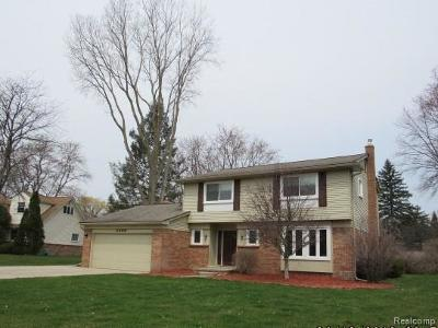 Lake Orion, Orion Twp, Clarkston, Independence Twp, Oxford Single Family Home For Sale: 2368 Browning Drive