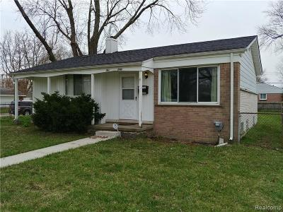 Plymouth Twp, Canton Twp, Livonia, Garden City, Westland Single Family Home For Sale: 560 S Henry Ruff Road