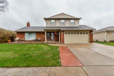 Dearborn Heights Single Family Home For Sale: 26170 Deerfield Street