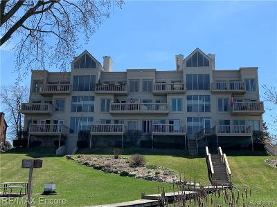 Waterford Condo/Townhouse For Sale: 3260 Island Cove Drive