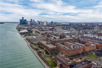 Detroit Condo/Townhouse For Sale: 200 River Place Drive #13