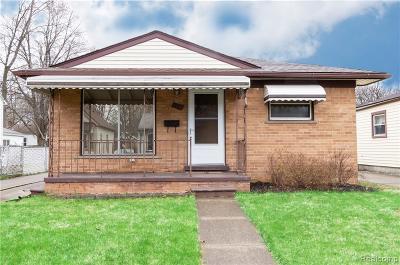 Hazel Park Single Family Home For Sale: 1512 E Granet Avenue