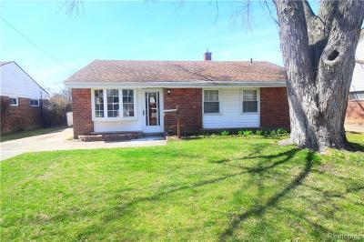 Warren Single Family Home For Sale: 24311 Tallman Avenue