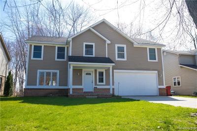 St Clair Shores, Roseville, Fraser, Harrison Twp Single Family Home For Sale: 39650 Macomber Street