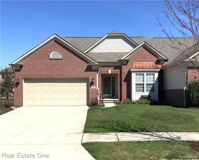 Macomb Twp Condo/Townhouse For Sale: 49590 Wayburn Drive